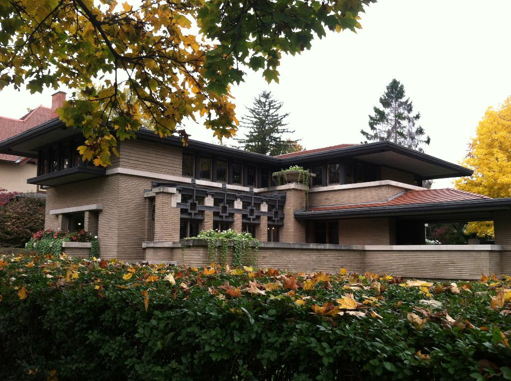 This is a picture of the Meyer May House designed by Frank Lloyd Wright in Grand Rapids