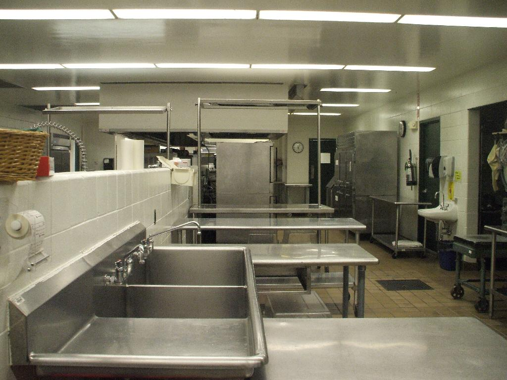 main kitchen5